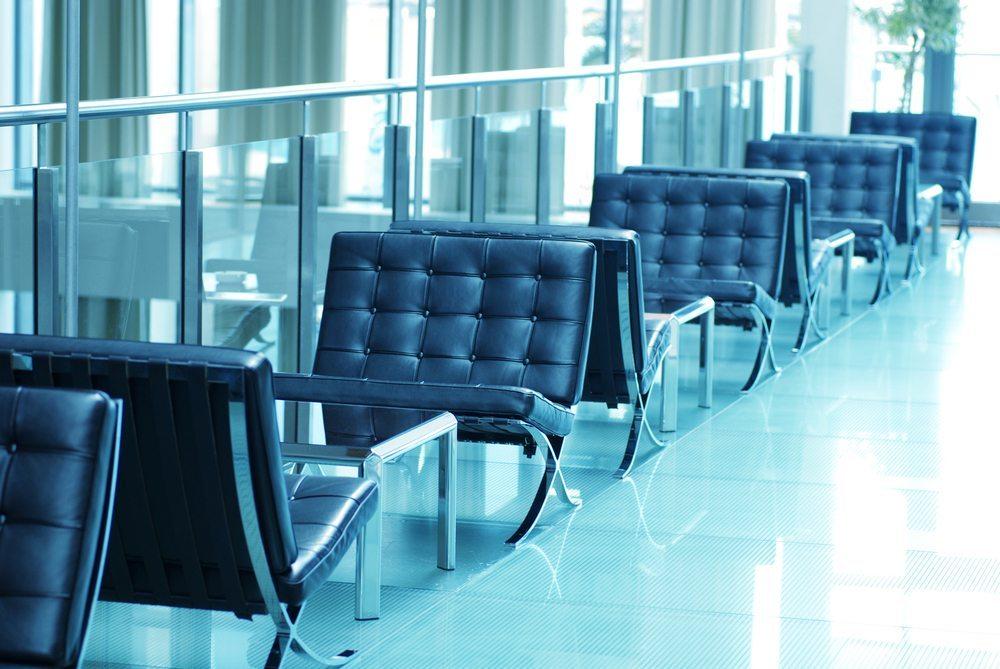 Business-Lounge-InnaFelker-shutterstock.com