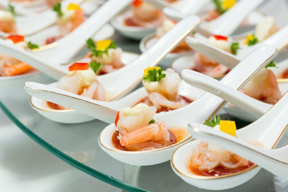 Catering. (Bild: John M Anderson / Shutterstock.com)