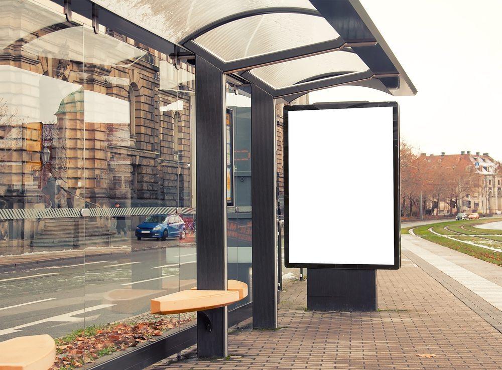 Plakatwerbung-Evgeny-Atamanenko-Shutterstock.com