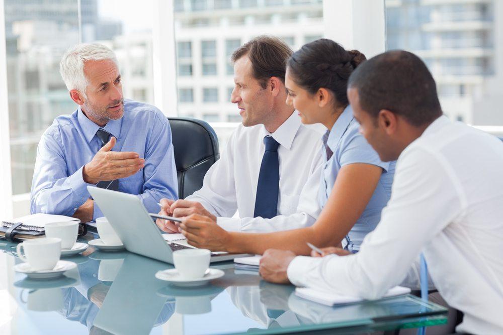 Nach der Zeitplanung sollten Sie sich um die Ermittlung der verschiedenen Phasen der Konferenz kümmern. (Bild: Denis Tabler / Shutterstock.com)