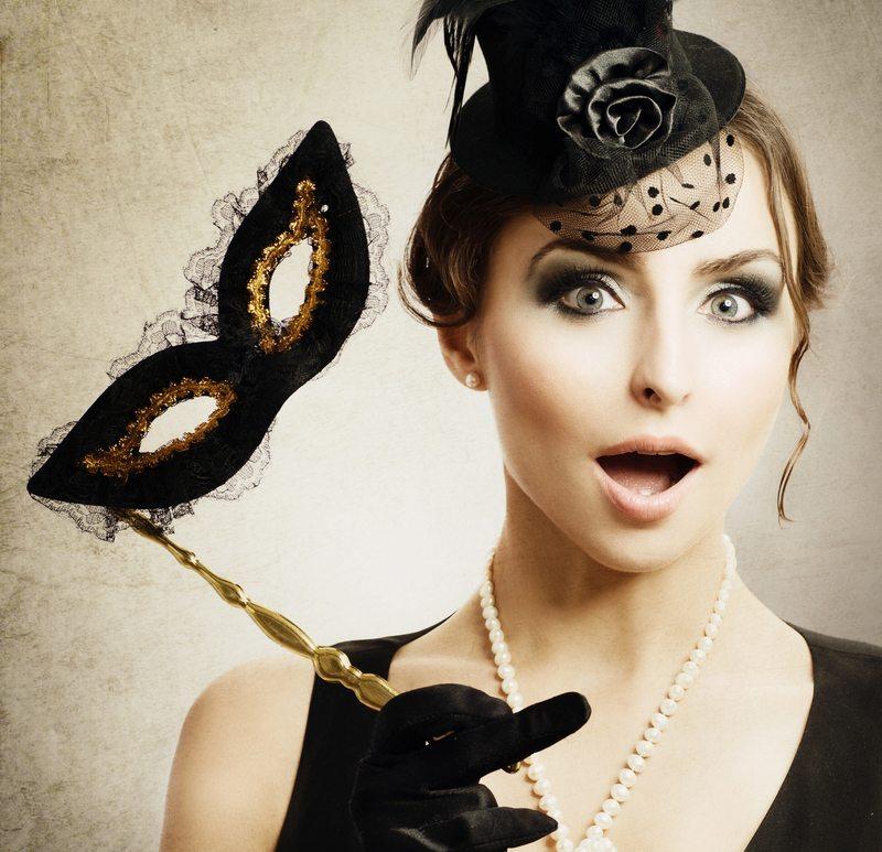Housepartys haben oft ein Motto. (Bild: Subbotina Anna / Shutterstock.com)