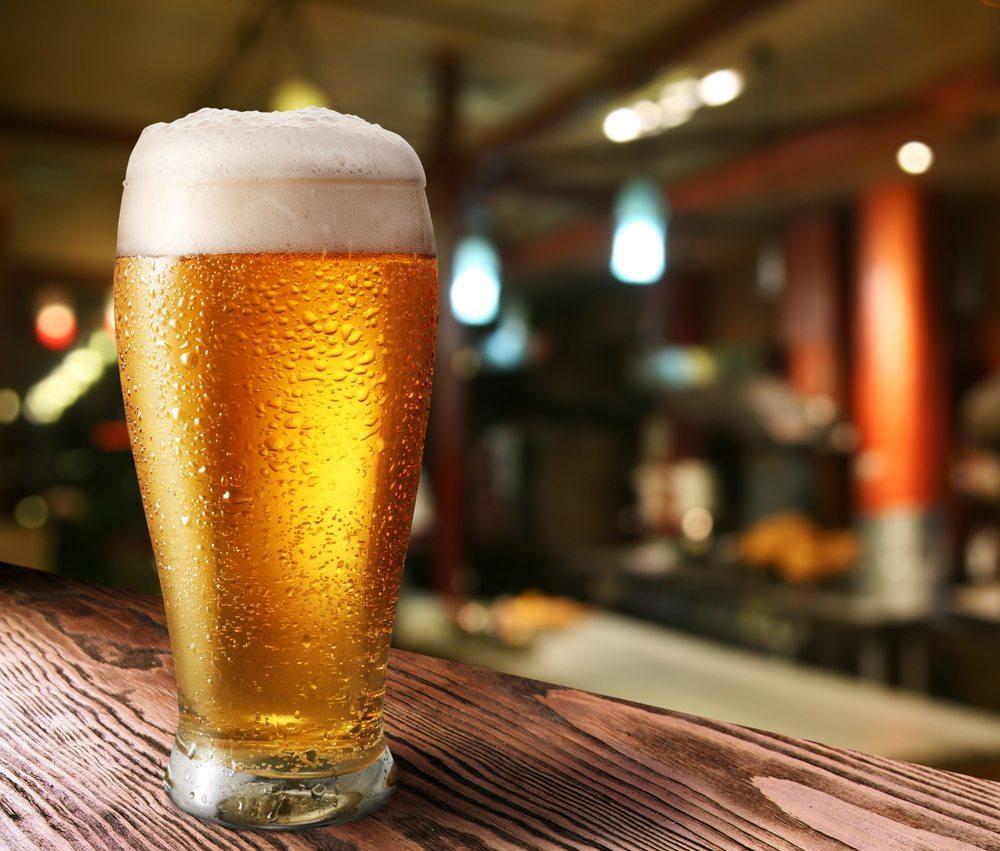 Es muss nicht immer Bier sein. (Bild: Valentyn Volkov / Shutterstock.com)