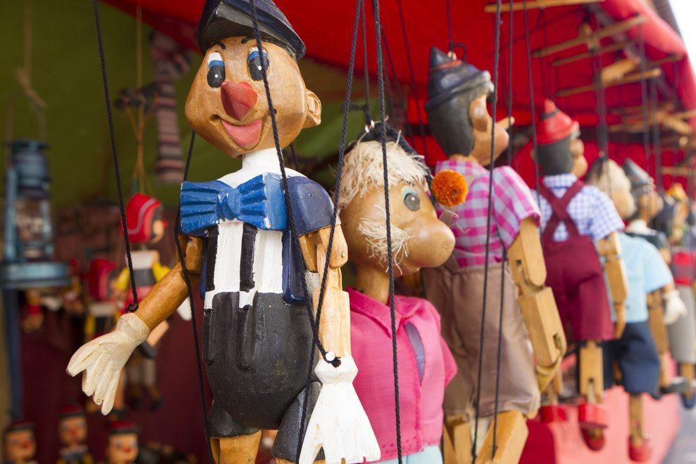 Puppentheater. (Bild: Bykofoto / Shutterstock.com)
