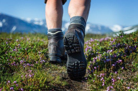 Gute Wanderschuhe sind die wichtigste Voraussetzung für den ungetrübten Wanderspass. (Bild: Jens Ottoson / Shutterstock.com )
