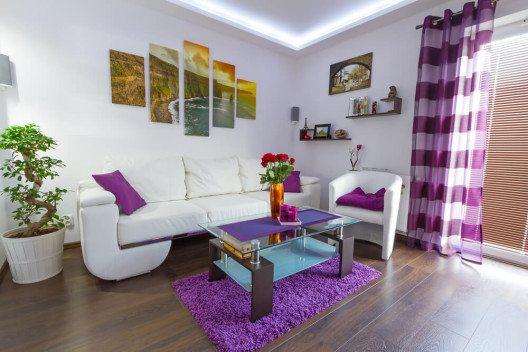 Schöne Wanddeko erfreut auch die Gäste. (Bild: © Patryk Kosmider - shutterstock.com)