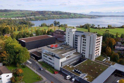 Das LUKS behandelt jährlich 40 611 stationäre Patientinnen und Patienten und verfügt über 532 676 ambulante Patientenkontakte. (Bild: © Luzerner Kantonsspital)