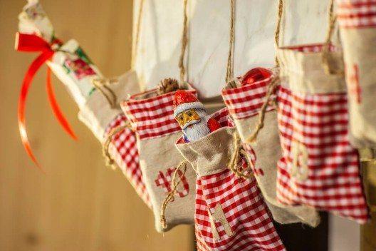 Der Adventskalender gehört zu den schönsten Bräuchen der Vorweihnachtszeit. (Bild: © Bildagentur Zoonar GmbH - shutterstock.com)