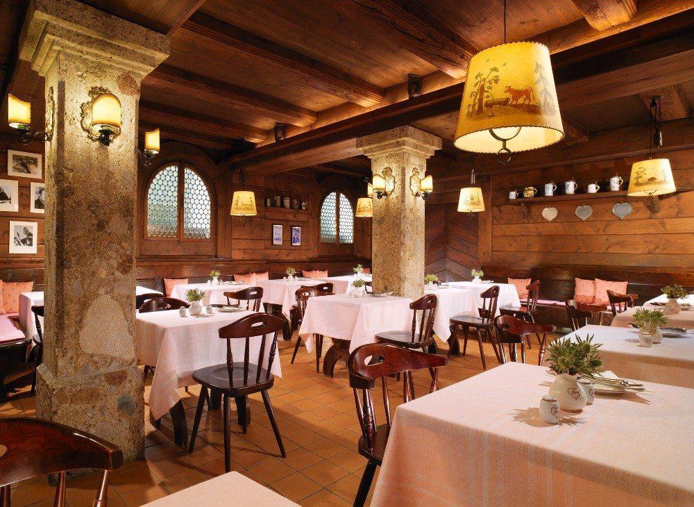 Hotel Goldener Hirsch Salzburg Restaurant