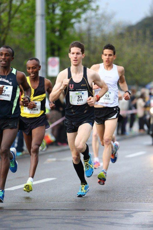 Für Michael Ott geht es am Zürich Marathon um die Olympiaqualifikation. (Bild: © Alphafoto.com)