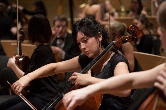 Junge Musiktalente spielen in der Tonhalle Zürich. (Bild: © obs/Schweizer Jugend-Sinfonie-Orchester/Photographer: Simon Hallstroem)