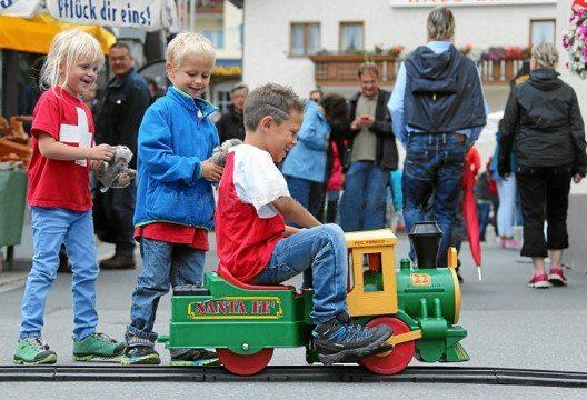 1. August-Feier in Samnaun: Ein Fest fuer die Kleinen. (Bild: swiss-image.ch)