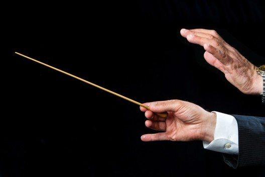 """Dirigentin des Sinfoniekonzerts """"Trurliade – Zone Zero"""" ist Olga Neuwirth. (Bild: © karelnoppe - shutterstock.com)"""