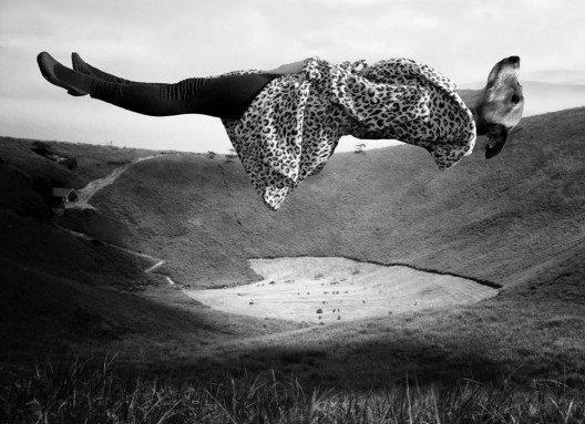 KH5 Gallery, Julia Murakami: Exercises in Levitation I-III, Series, Photo print under acryl glass mounted on Alu-Dibond, 60 x 80 cm, 2015 (© Contemporary Art Fair Zurich, KH5 Gallery, Julia Murakami, www.art-zurich.com)