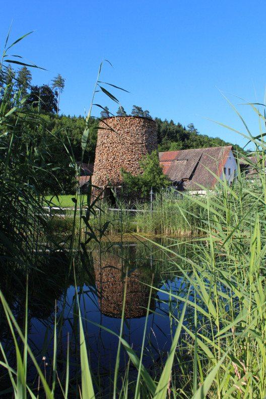 Scheiterturm / Log Tower (Bild: © Kunstmuseum Thurgau, Warth)
