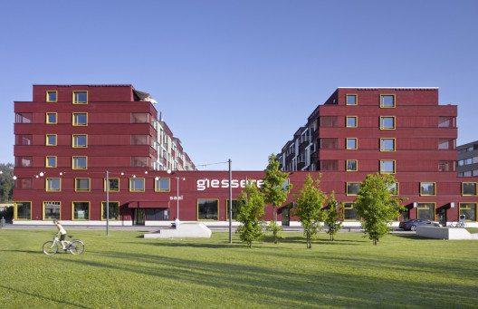 Mehrgenerationenhaus Giesserei (Bild: © Hannes Henz, Zürich/Prix Lignum 2015)