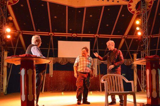 V.l.n.r.: Peter Feuz, VR-Präsident Schilthornbahn AG; Jubilar Fritz Abbühl; Christoph Egger, Direktor Schilthornbahn AG