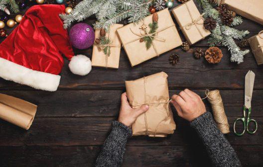 Ein selbstgebastelter Adventskalender verbreitet viel Freude und ist schnell gefüllt. (Bild: Schnäppchenfee/IStock/kucherAV)